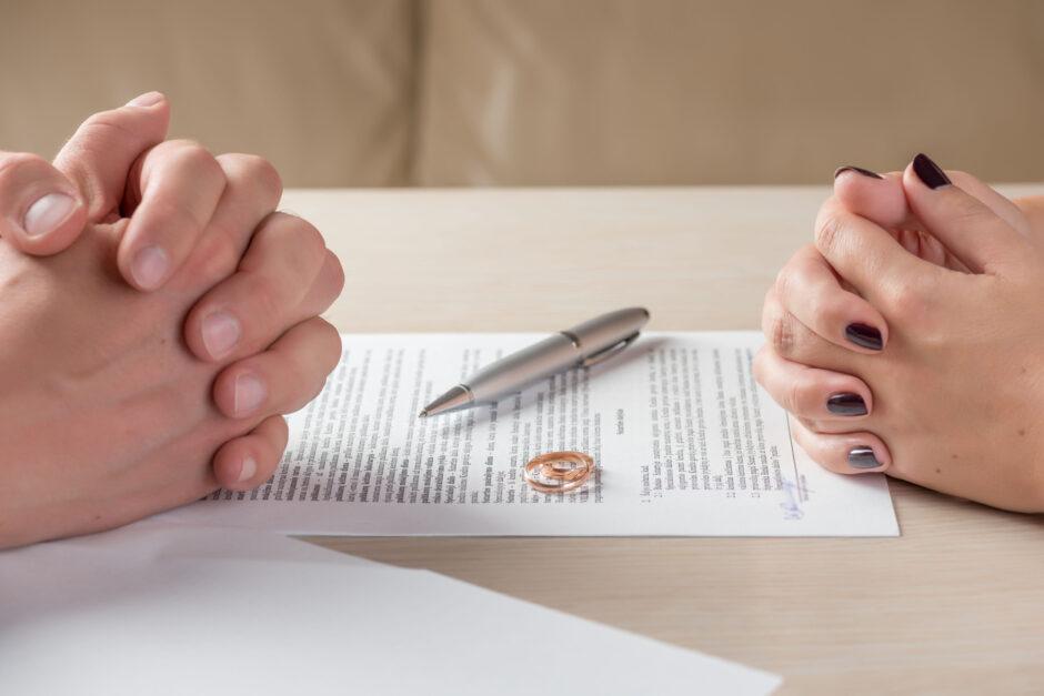 「離婚 自宅 名義変更